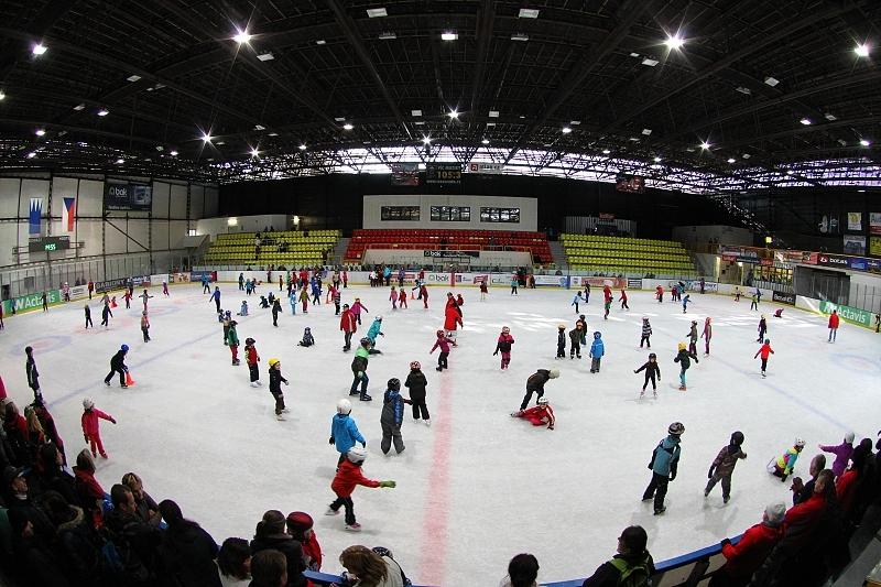 Výsledek obrázku pro zimní stadion trutnov